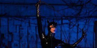 Η Ειρήνη Παπαδοπούλου ποζάρει ως καυτή catwoman! (pics)