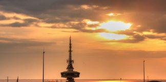 Νυχτερινό πάρτι στον Πύργο του ΟΤΕ με θέα όλη τη Θεσσαλονίκη! (vd)