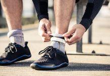 Πρέπει να φοράμε συγκεκριμένες κάλτσες όταν τρέχουμε;