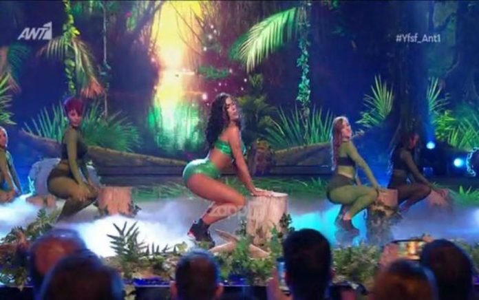 Η Στικούδη χορεύει στο YFSF Twerk ως Νίκι Μινάζ! (vd)