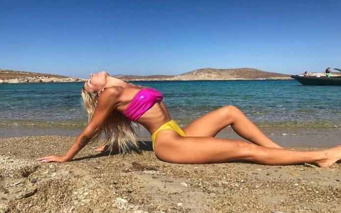 Η Ζοζεφίν στην πρώτη της γυμνή φωτογράφιση για το Playboy! (pic)
