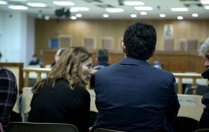 Κόντρα ΝΔ – ΣΥΡΙΖΑ για τη δίκη της Χρυσής Αυγής