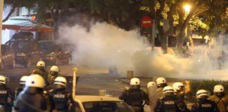 Μολότοφ και χημικά στη Θεσσαλονίκη