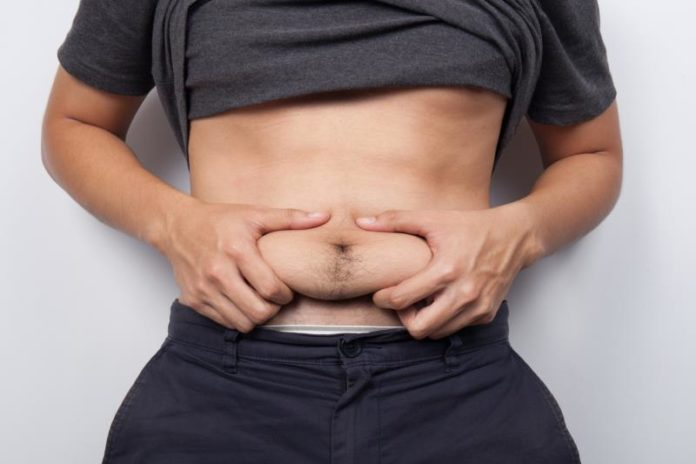 Στήθος, κοιλιά και… χερούλια: Πως θα φύγουν τα περιττά κιλά (vid)