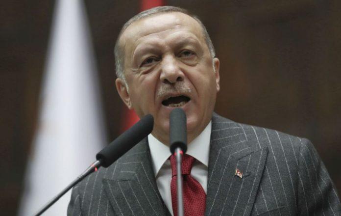 Ερντογάν: «Ό,τι και να πει ο Τσίπρας, εμείς συνεχίζουμε τις γεωτρήσεις»
