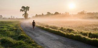 4 πράγματα που δεν σου λέει κανείς για το πρωινό τρέξιμο