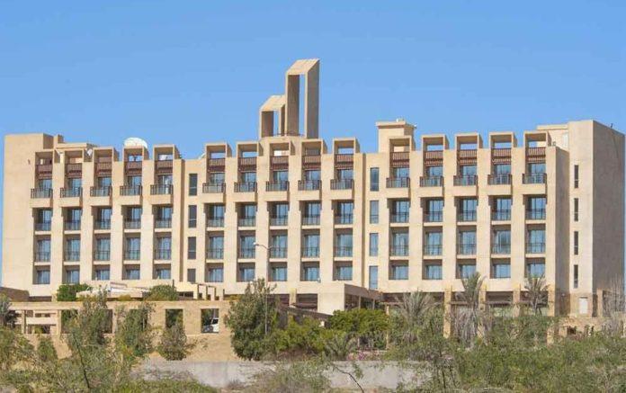Πακιστάν: Εισβολή ενόπλων σε πεντάστερο ξενοδοχείο