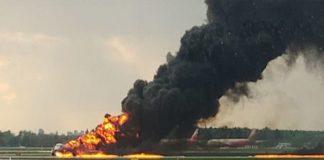 Ρωσία: Από κεραυνό ή άλλη αιτία συνετρίβη το αεροσκάφος;