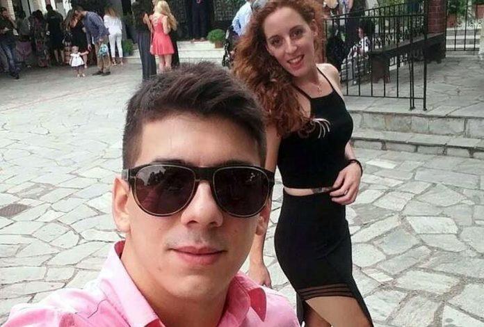 Οι σέλφι της Σπυριδούλας με τον σύντροφό της! (pics)