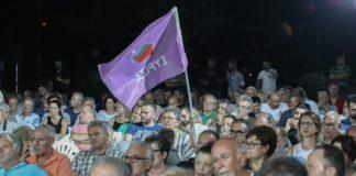 Ολοένα και πληθαίνουν οι φωνές, ακόμα και συνεργατών του Αλέξη Τσίπρα, που υποστηρίζουν πως ήταν λάθος του πρωθυπουργού το ότι δεν προχώρησε σε βουλευτικές εκλογές μαζί με τις ευρωεκλογές και τις αυτοδιοικητικές στις 26 Μαΐου.