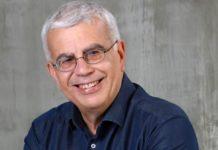 Σιμόπουλος: «Στη λάθος πλευρά της ιστορίας ο Μανώλης Γλέζος»