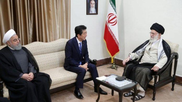 Συνάντηση Άμπε-Χαμενέι στο Ιράν