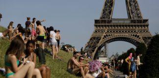 Καύσωνας στην Ευρώπη: Πέφτει η θερμοκρασία στη Γαλλία
