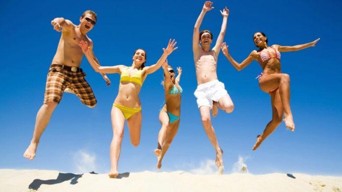 20 συμβουλές για να χάσετε τα… παχάκια ενόψει παραλίας!