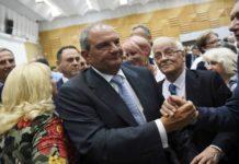 Θερμή υποδοχή στον Κ. Καραμανλη: «Σε αγαπάμε» (vd)