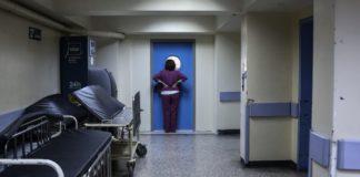 Σε αποσύνθεση νοσοκομεία και Κέντρα Υγείας