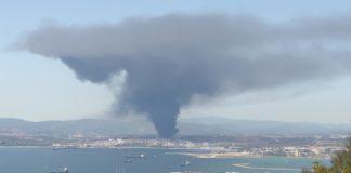 Ισπανία: Τεράστιο νέφος μετά από πυρκαγιά σε εργοστάσιο χημικών