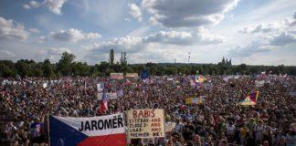 Τσεχία: Μεγάλη αντικυβερνητική διαδήλωση