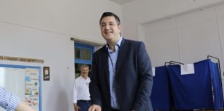 Τζιτζικώστας: «Σήμερα συμμετέχουμε, δεν απέχουμε»