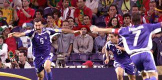 Σαν σήμερα: Ο Δέλλας και η τύχη στέλνουν την Ελλάδα στον τελικό του Euro 2004!