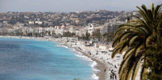 «Λαβράκια» σε ελέγχους της ΑΑΔΕ σε τουριστικά καταλύματα σε Κυκλάδες, Ιόνιο και Δωδεκάνησα