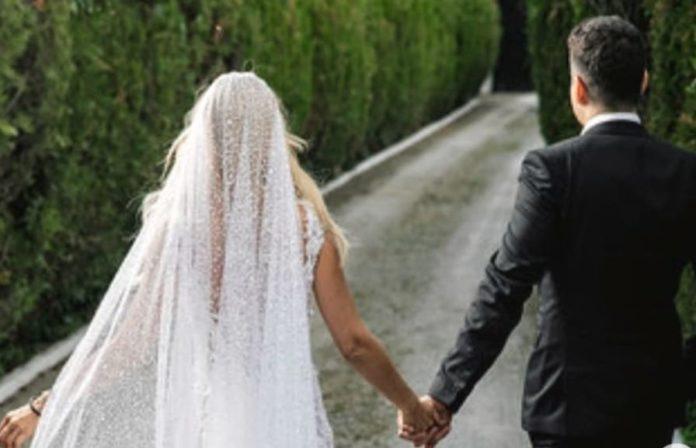 Ο μυστικός γάμος της Έλενας Ράπτη (pics)