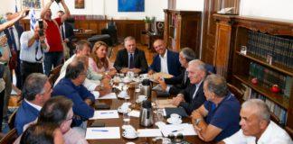 ΥΜΑΘ: Σύσκεψη με τους νέους δημάρχους (vds)