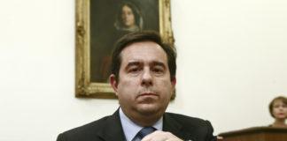 ΣΥΡΙΖΑ: Γιατί κατηγορούν τον Μηταράκη για εξαπάτηση