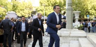 Ρήγματα με Παυλόπουλο-Novartis θέλει ο Τσίπρας