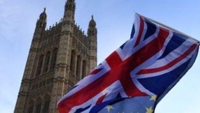 Brexit: Το νομοσχέδιο για την Αποχώρηση θα φέρει στη Βουλή σήμερα η κυβέρνηση
