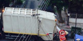 Δήμος Θεσσαλονίκης: Εκκλήσεις προς τους δημότες να μην κατεβάζουν σκουπίδια στους κάδους