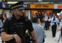 Εντοπίστηκε κοντέινερ με 39 πτώματα στο Λονδίνο
