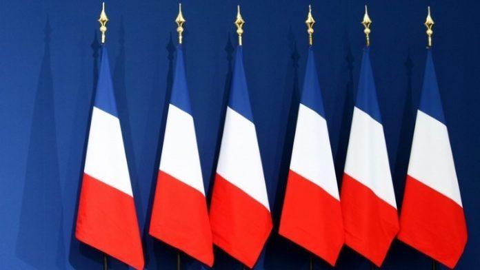 Η Γαλλία απαιτεί τον «άμεσο τερματισμό» της επίθεσης της Τουρκίας