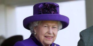 Η έμπιστη βοηθός και ενδυματολόγος της βασίλισσας Ελισάβετ έγραψε βιβλίο