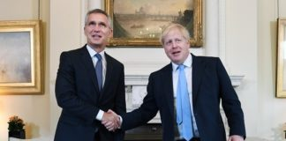Η τουρκική επιχείρηση στη Συρία πρέπει να τερματιστεί, συμφωνούν Τζόνσον και Στόλτενμπεργκ
