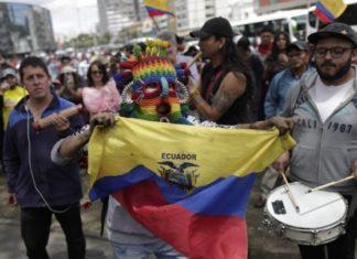 Ισημερινός: Διάταγμα ακυρώνει την κατάργηση της επιδότησης της τιμής των καυσίμων