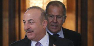 Λαβρόφ και Τσαβούσογλου συμφώνησαν να συνεχίσουν τον συντονισμό όσον αφορά την κατάσταση στη ΒΑ Συρία