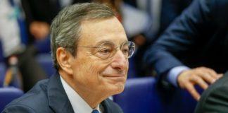 Μάριο Ντράγκι: το προσωπικό της ΕΚΤ στηρίζει την πολιτική του ανθρώπου που έσωσε το ευρώ
