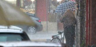 Μέτωπο ισχυρών καταιγίδων επηρεάζει όλη τη χώρα πλην Κρήτης