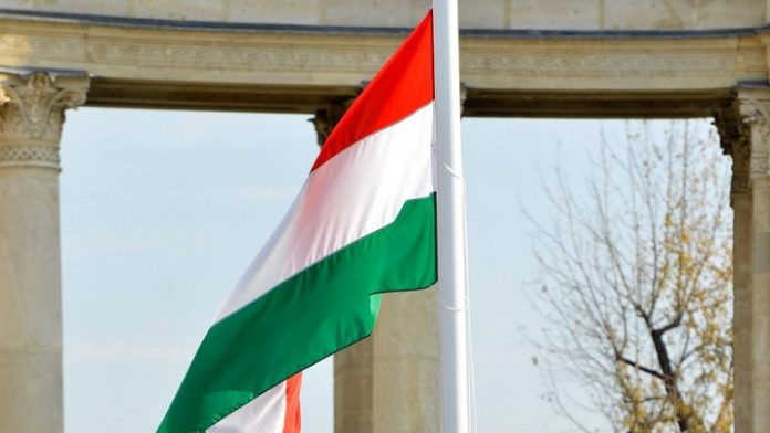 Νίκη της αντιπολίτευσης στις δημοτικές εκλογές στη Βουδαπέστη, πλήγμα για τον Β. Όρμπαν