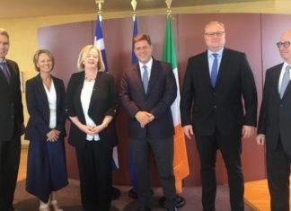 Ο Μ. Βαρβιτσιώτης ευχαρίστησε την απερχόμενη Ιρλανδή πρέσβη «για τη συμβολή της στην προώθηση των σχέσεων Ελλάδας- Ιρλανδίας»