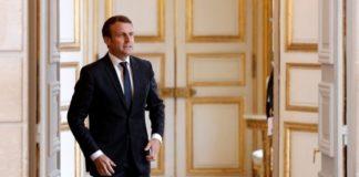 """Ο πρόεδρος Μακρόν υπόσχεται μια """"ακατάπαυστη μάχη"""" απέναντι στην ισλαμιστική τρομοκρατία"""