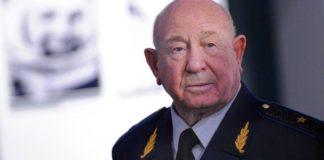 Πέθανε ο Ρώσος κοσμοναύτης Αλεξέι Λεόνοφ, ο πρώτος άνθρωπος στην ιστορία που έκανε περίπατο στο Διάστημα