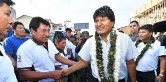 Προεδρικές εκλογές στη Βολιβία: Προηγείται ο Έβο Μοράλες, μπορεί να δώσει μάχη στον β'  γύρο με τον Κ. Μέσα