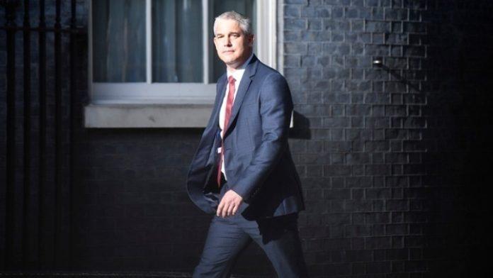 Στ. Μπάρκλεϊ: Το Λονδίνο δεν προτίθεται να ζητήσει μεγαλύτερη μεταβατική περίοδο για το Brexit