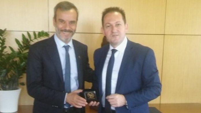 Συνάντηση του υφυπουργού  παρά τω Πρωθυπουργώ και κυβερνητικού εκπροσώπου Σ. Πέτσα με τον δήμαρχο Θεσσαλονίκης Κ. Ζέρβα