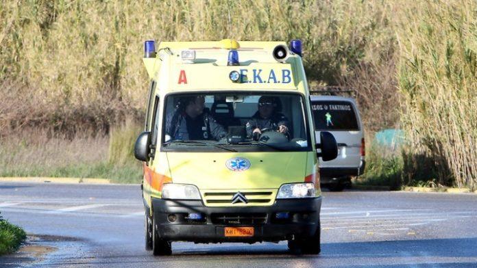 Τροχαίο δυστύχημα με δύο νεκρούς και τρεις τραυματίες, στην εθνική οδό Πατρών - Πύργου
