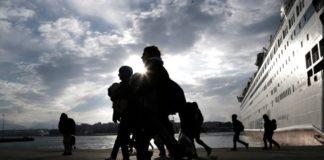 Βόλος: Έφθασαν οι πρώτοι πρόσφυγες από δομές των νησιών του Αιγαίου