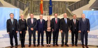 Δ. Αβραμόπουλος: Προσβλέπω ότι οι ηγέτες της ΕΕ θα επανεξετάσουν την απόφασή τους για Αλβανία και Βόρεια Μακεδονία