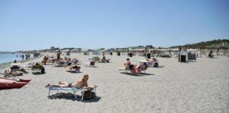 Εισιτήριο θα πληρώνουν οι τουρίστες για να απολαύσουν διάσημη παραλία της Σαρδηνίας